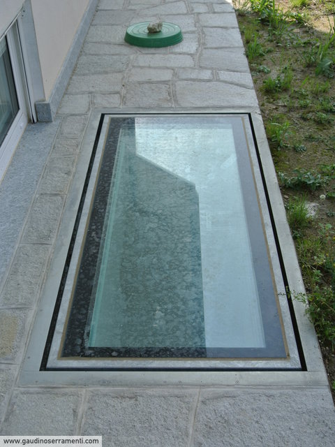 Lucernario calpestabile a filo pavimento - Tappeti trasparenti per parquet ...