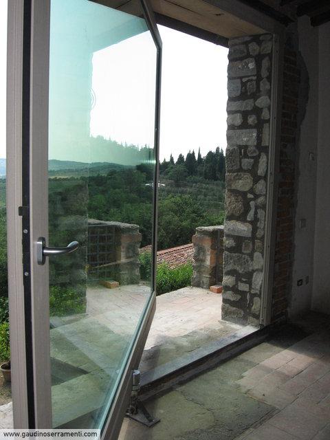 Rustico moderno 1 residenziale gaudino - Finestre a bilico verticale ...